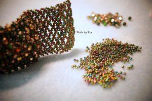 Bransoletka Caprcie w kolorze złota i zieleni