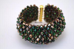Caprcie bracelet in gold and green