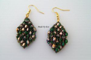 earings in gold and green