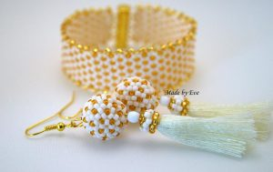white and gold jewelry set