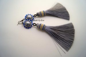 earings with tassel